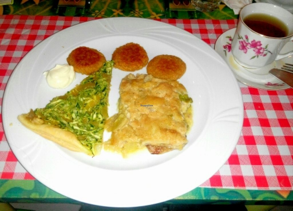 """Photo of Welcome Bistrot  by <a href=""""/members/profile/papanda"""">papanda</a> <br/>vegan dinner <br/> October 25, 2015  - <a href='/contact/abuse/image/54573/122675'>Report</a>"""