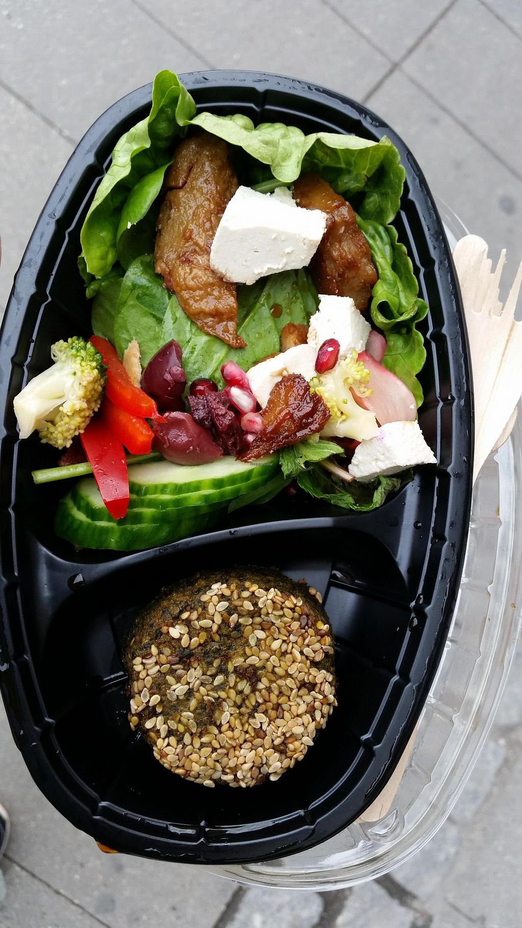 """Photo of CLOSED: Astrid och Aporna - Cph  by <a href=""""/members/profile/konlish"""">konlish</a> <br/>Pretty good chicken and feta cheese salad <br/> May 21, 2015  - <a href='/contact/abuse/image/54710/102984'>Report</a>"""