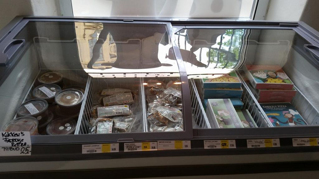"""Photo of CLOSED: Astrid och Aporna - Cph  by <a href=""""/members/profile/konlish"""">konlish</a> <br/>Frozen food section <br/> May 21, 2015  - <a href='/contact/abuse/image/54710/102985'>Report</a>"""