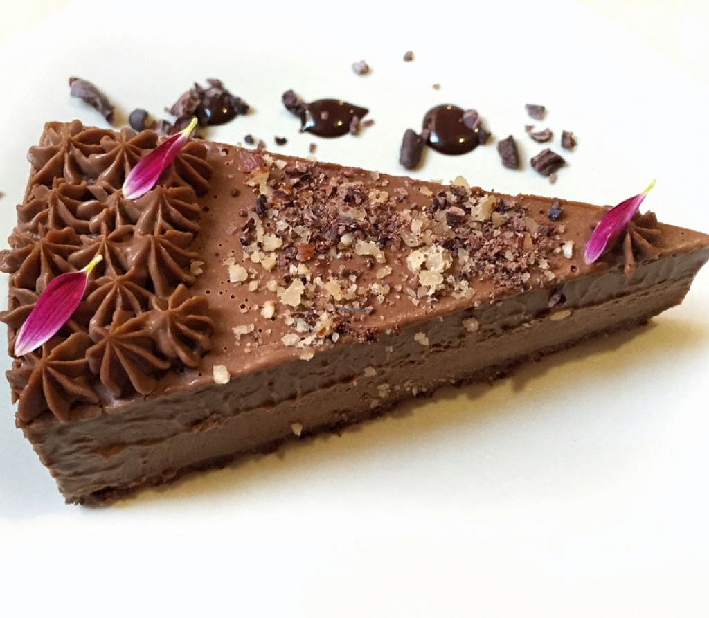 """Photo of Mantra Raw  by <a href=""""/members/profile/RobertaAbdanur"""">RobertaAbdanur</a> <br/>Delicious!! Raw vegan chocolate cake <br/> November 9, 2015  - <a href='/contact/abuse/image/54756/124421'>Report</a>"""