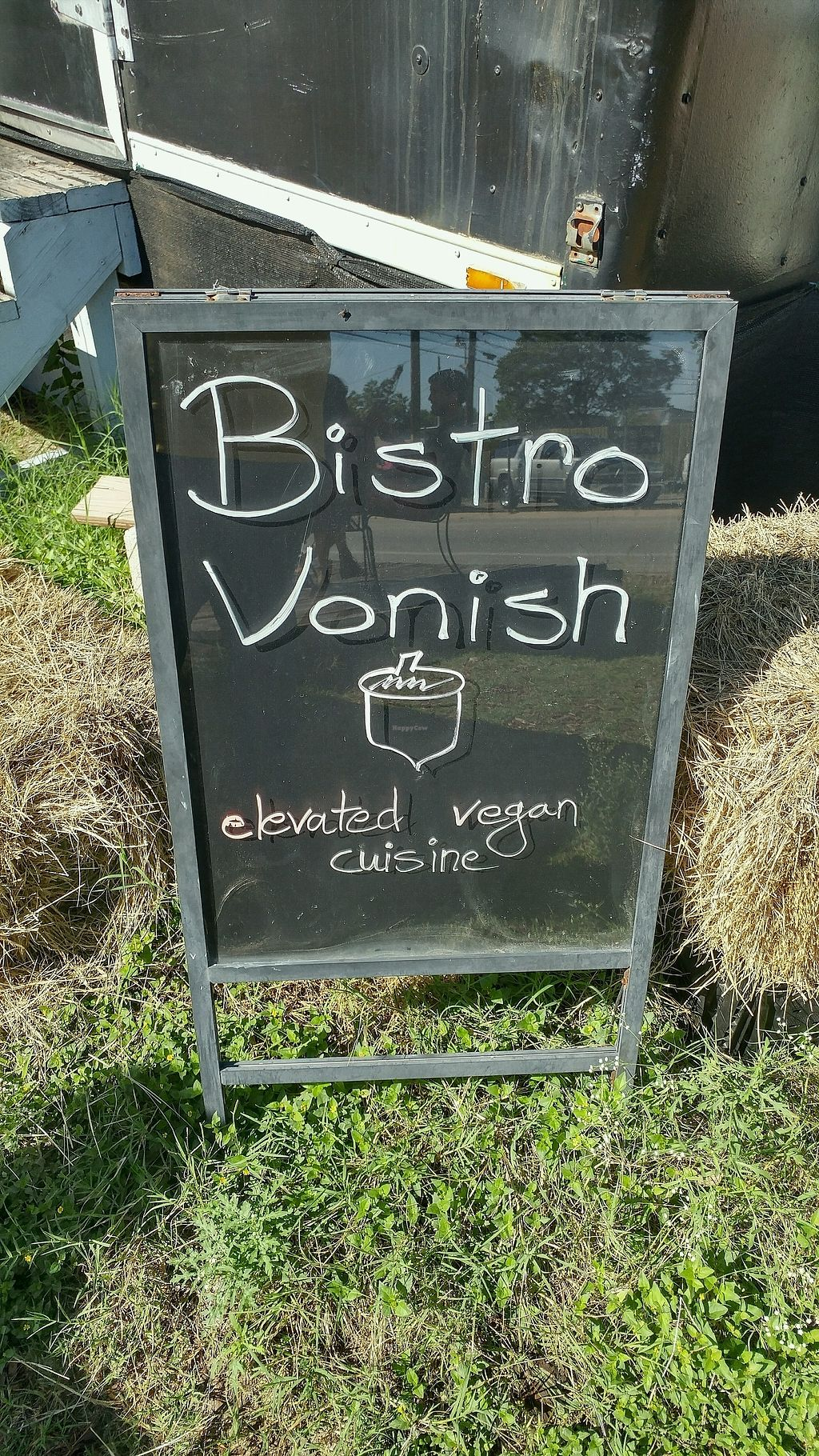 """Photo of Bistro Vonish Food Truck  by <a href=""""/members/profile/TreyLegall"""">TreyLegall</a> <br/>sign <br/> October 1, 2017  - <a href='/contact/abuse/image/54761/310667'>Report</a>"""