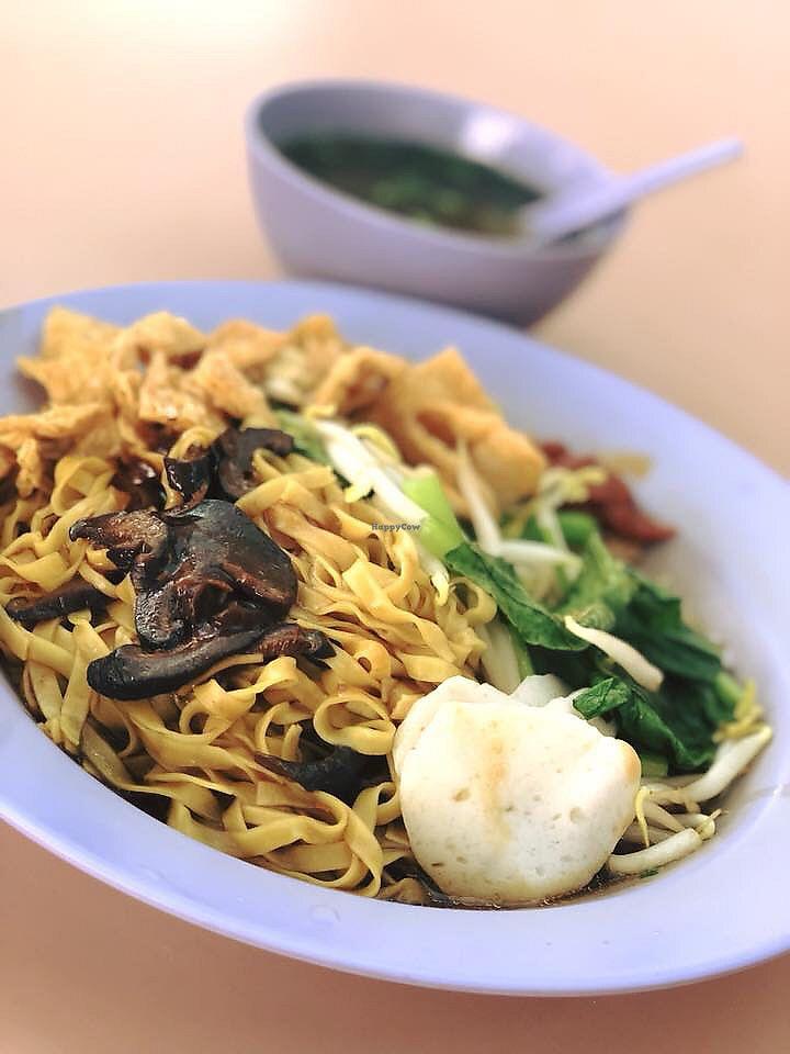 "Photo of Guan Yin Zai - Kebun Bahru  by <a href=""/members/profile/CherylQuincy"">CherylQuincy</a> <br/>Dry Mushroom Noodles  <br/> January 22, 2018  - <a href='/contact/abuse/image/5476/349686'>Report</a>"
