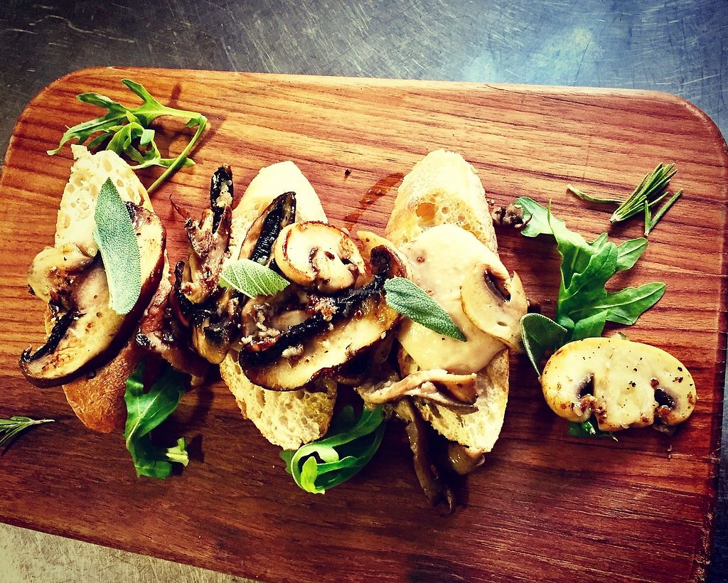 """Photo of Hagedis  by <a href=""""/members/profile/Folinta"""">Folinta</a> <br/>Mushroom bruschetta with white beans  <br/> October 15, 2017  - <a href='/contact/abuse/image/5480/315621'>Report</a>"""