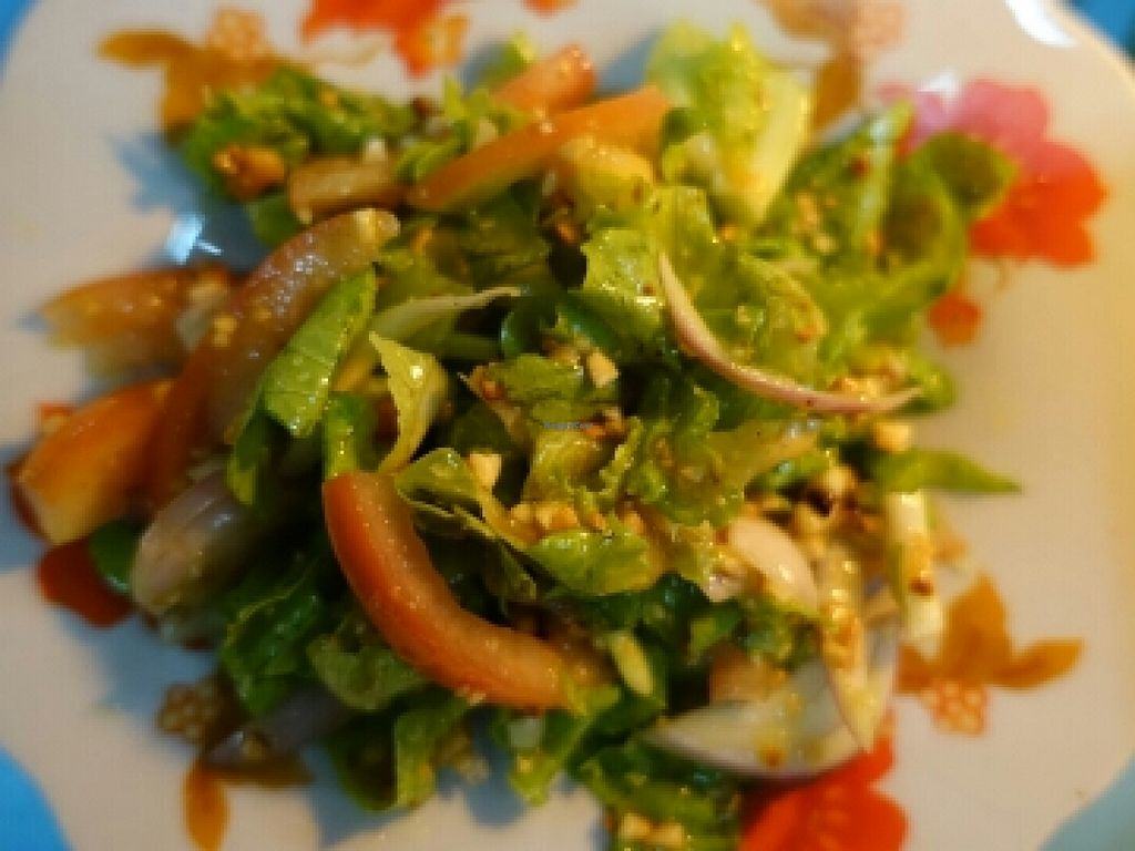 "Photo of Sun Flower Restaurant  by <a href=""/members/profile/JimmySeah"">JimmySeah</a> <br/>vegetables salad <br/> December 10, 2015  - <a href='/contact/abuse/image/54842/127787'>Report</a>"
