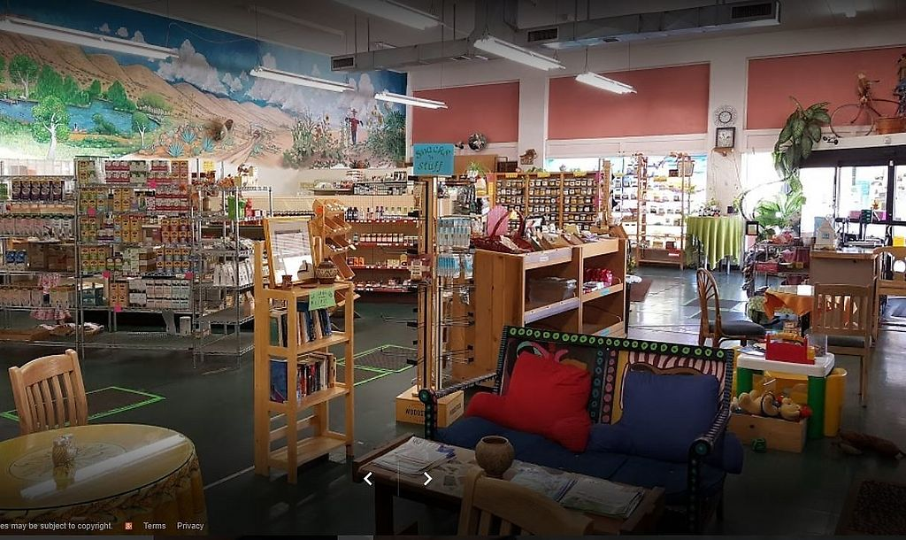 "Photo of Bisbee Food Co-op  by <a href=""/members/profile/David_Hedges"">David_Hedges</a> <br/>Interior of Bisbee Food Co-op <br/> August 19, 2017  - <a href='/contact/abuse/image/5491/294127'>Report</a>"