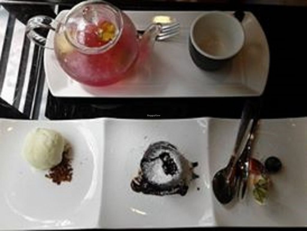 """Photo of Joie Restaurant  by <a href=""""/members/profile/sfalee"""">sfalee</a> <br/>Ice Fruity Refresher Warm Chocolate Cake with Vanilla Ice Cream <br/> June 23, 2016  - <a href='/contact/abuse/image/54966/155676'>Report</a>"""