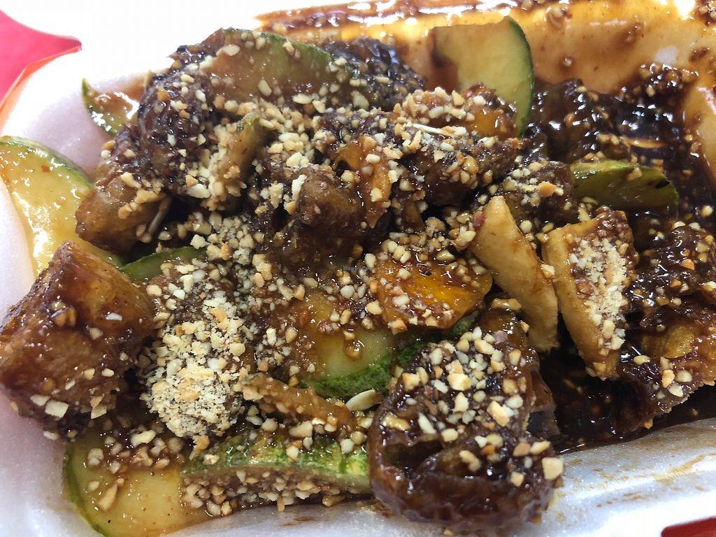 "Photo of Ci Wen Vegetarian Food Stall  by <a href=""/members/profile/AmyLeySzeThoo"">AmyLeySzeThoo</a> <br/>Rojak <br/> April 15, 2018  - <a href='/contact/abuse/image/55033/386319'>Report</a>"