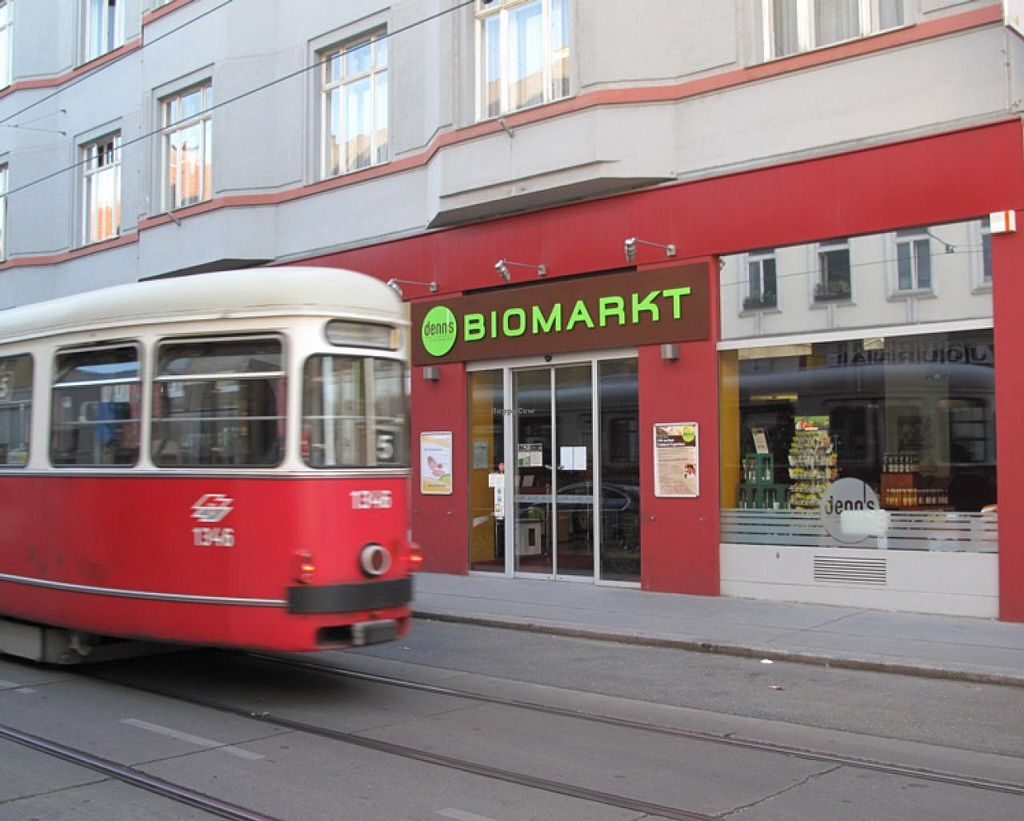 "Photo of denn's Biomarkt - Kaiserstrasse  by <a href=""/members/profile/lallilaranja"">lallilaranja</a> <br/>Denn's-Kaiserstrasse served by tram line n.5 <br/> July 18, 2014  - <a href='/contact/abuse/image/5503/74306'>Report</a>"