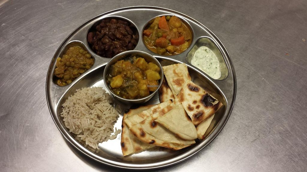 """Photo of CLOSED: Le Namaste  by <a href=""""/members/profile/Lenamaste"""">Lenamaste</a> <br/>Vegetable dish with Naan <br/> January 26, 2015  - <a href='/contact/abuse/image/55094/91421'>Report</a>"""