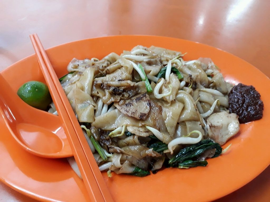 """Photo of Jing Yi Vegetarian Stall  by <a href=""""/members/profile/jacs"""">jacs</a> <br/>Dry hor fun ? <br/> April 7, 2018  - <a href='/contact/abuse/image/55102/381866'>Report</a>"""