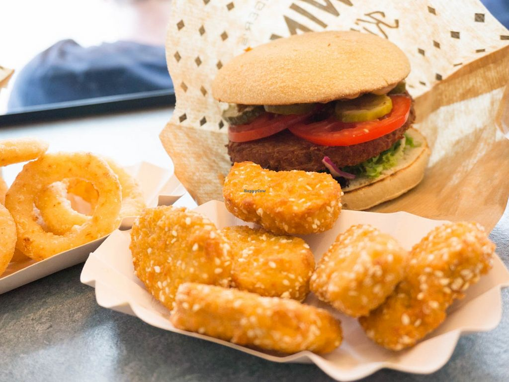 "Photo of Swing Kitchen - Schottenfeldgasse  by <a href=""/members/profile/biancah"">biancah</a> <br/>Vegan Burger, Nuggets & Onion Rings @ Swing Kitchen, Vienna <br/> January 18, 2016  - <a href='/contact/abuse/image/55157/132833'>Report</a>"
