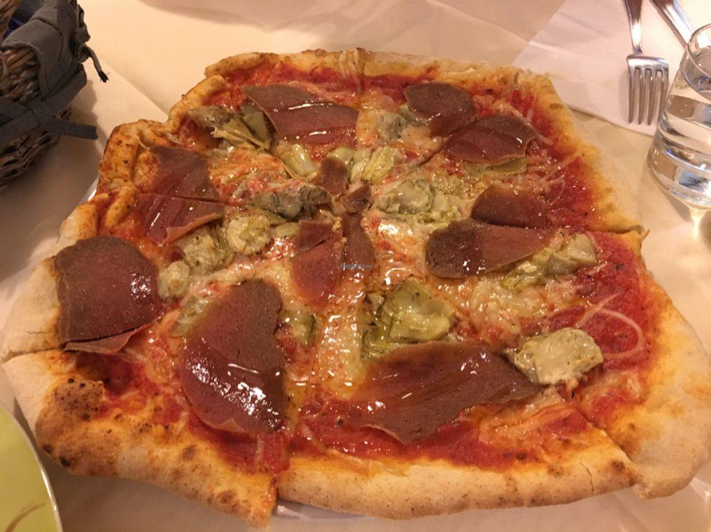 """Photo of CLOSED: Bottega Bio  by <a href=""""/members/profile/soleo"""">soleo</a> <br/>Pizza (coconut mozzarella) <br/> July 12, 2016  - <a href='/contact/abuse/image/55164/159468'>Report</a>"""