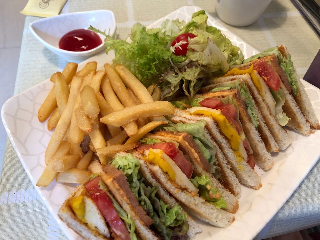 "Photo of Green Fresh Vegan Restaurant  by <a href=""/members/profile/SamanthaIngridHo"">SamanthaIngridHo</a> <br/>Club Sandwiches <br/> April 11, 2018  - <a href='/contact/abuse/image/55182/383917'>Report</a>"
