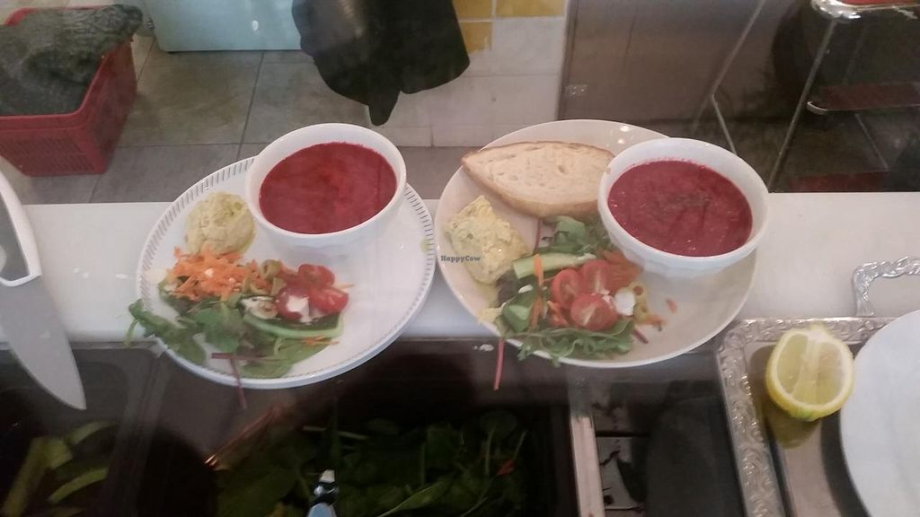"""Photo of Femtopia  by <a href=""""/members/profile/kenvegan"""">kenvegan</a> <br/>beat soup and salad <br/> May 17, 2015  - <a href='/contact/abuse/image/55221/102505'>Report</a>"""
