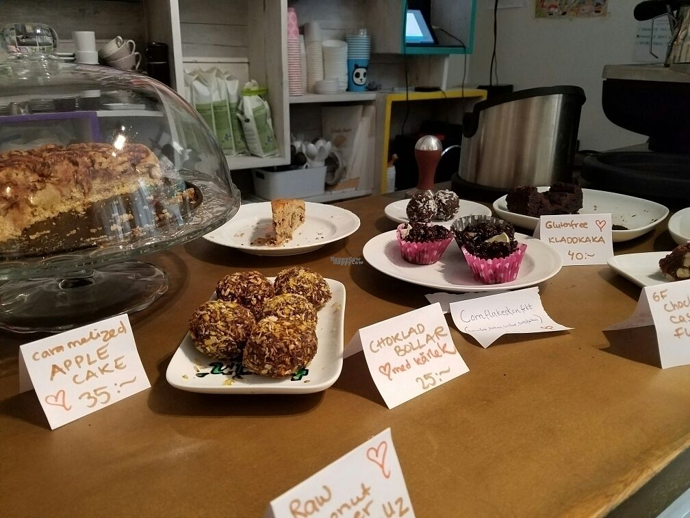 """Photo of Femtopia  by <a href=""""/members/profile/EverydayTastiness"""">EverydayTastiness</a> <br/>vegan baked goods <br/> August 25, 2016  - <a href='/contact/abuse/image/55221/171393'>Report</a>"""
