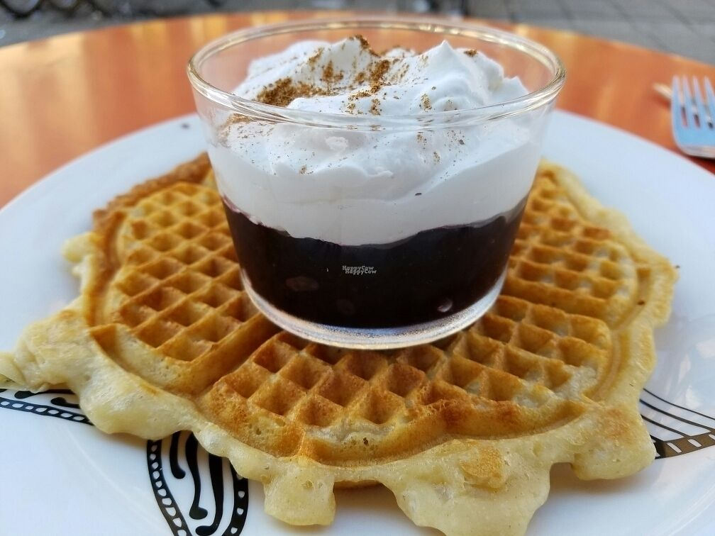 """Photo of Femtopia  by <a href=""""/members/profile/EverydayTastiness"""">EverydayTastiness</a> <br/>waffle with Blueberry sauce  <br/> August 26, 2016  - <a href='/contact/abuse/image/55221/171573'>Report</a>"""