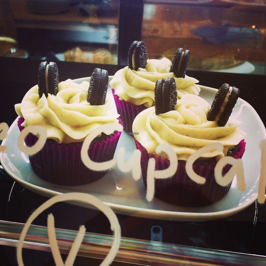 """Photo of CLOSED: Cafe 98  by <a href=""""/members/profile/Tulppis"""">Tulppis</a> <br/>oreo cupcakes vegan <br/> November 10, 2016  - <a href='/contact/abuse/image/55256/188146'>Report</a>"""