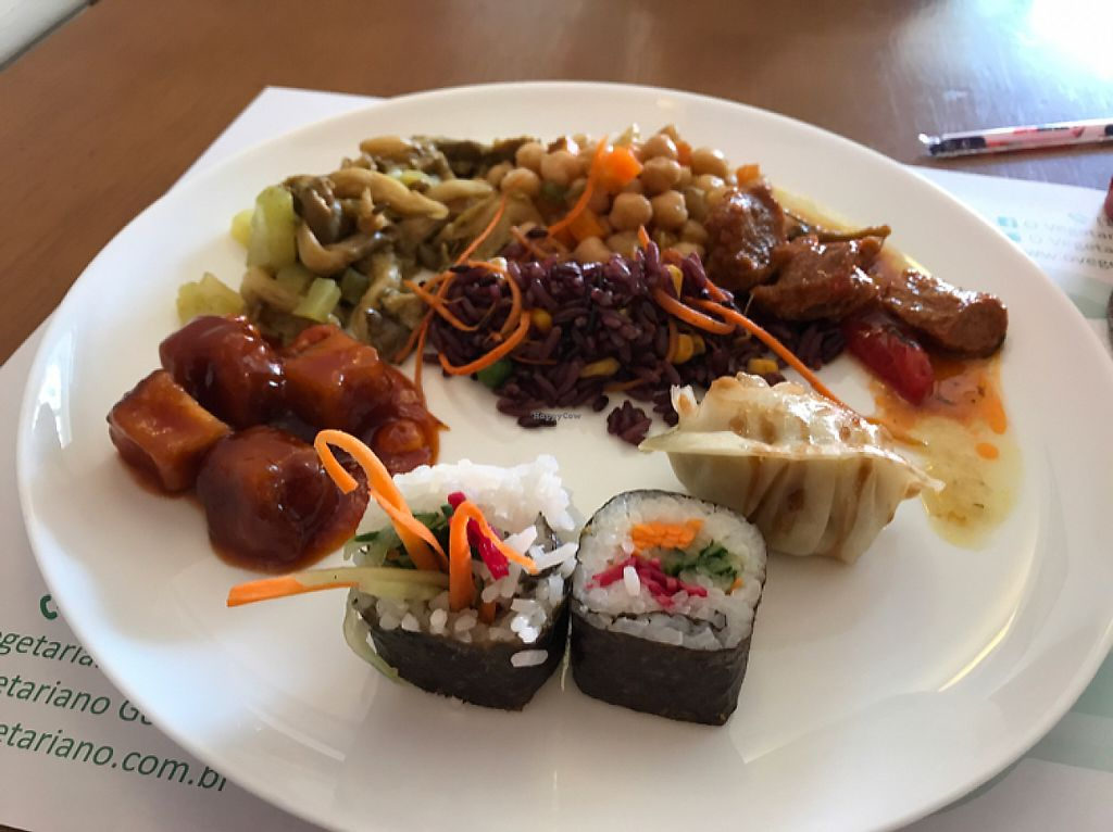 """Photo of O Vegetariano Gourmet  by <a href=""""/members/profile/Paolla"""">Paolla</a> <br/>Some of the options from the hot counter <br/> May 23, 2017  - <a href='/contact/abuse/image/55269/261596'>Report</a>"""