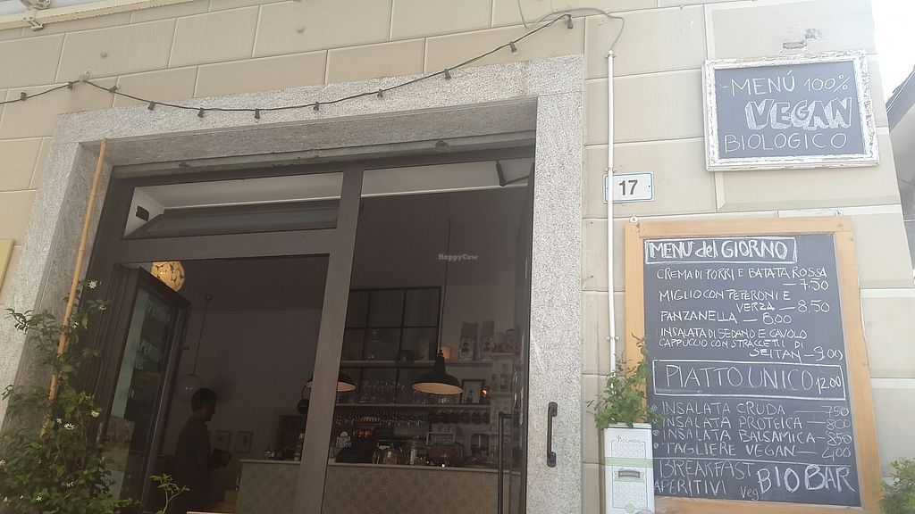 """Photo of Sali and Pistacchi  by <a href=""""/members/profile/Anirac"""">Anirac</a> <br/>menu of the day (from outside seating) <br/> July 6, 2017  - <a href='/contact/abuse/image/55321/277222'>Report</a>"""