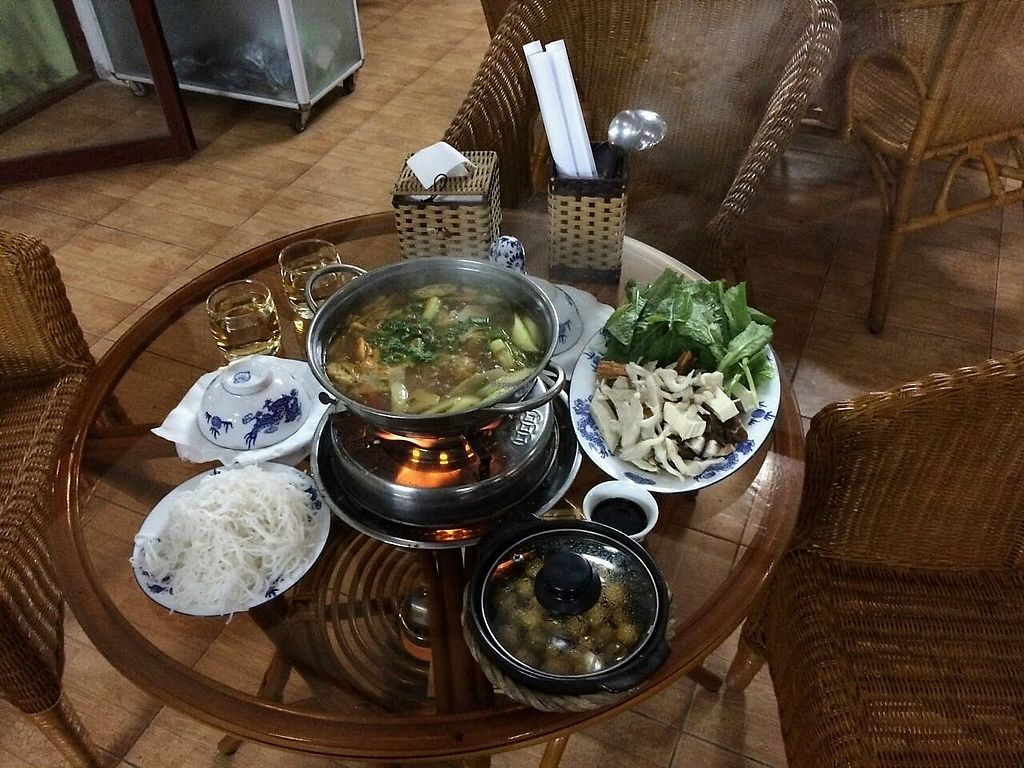 "Photo of Nha Hang Chay Van Hanh  by <a href=""/members/profile/NickTaggart"">NickTaggart</a> <br/>sour Thai hotpot plus claypot mushrooms and rice <br/> February 25, 2018  - <a href='/contact/abuse/image/55345/363697'>Report</a>"