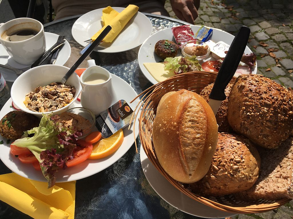 "Photo of Cafe Rohren  by <a href=""/members/profile/%C3%84nneRocki"">ÄnneRocki</a> <br/>frühstück mit veganem Aufschnitt, Sojamilch, Gemüsebratling etc <br/> September 3, 2017  - <a href='/contact/abuse/image/55418/300378'>Report</a>"