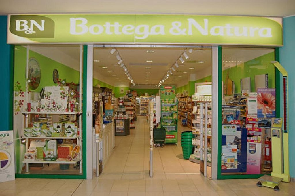"""Photo of Bottega e Natura  by <a href=""""/members/profile/veg-geko"""">veg-geko</a> <br/>Bottega e Natura <br/> February 10, 2015  - <a href='/contact/abuse/image/55544/92708'>Report</a>"""