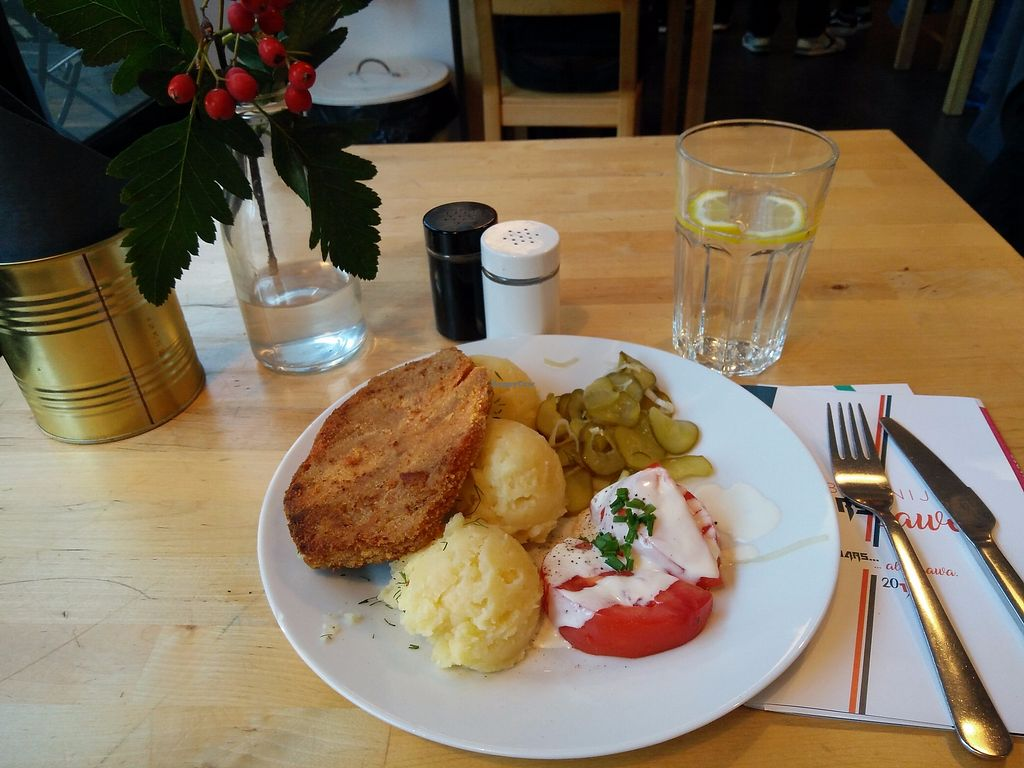 """Photo of Lokal Vegan Bistro  by <a href=""""/members/profile/martinicontomate"""">martinicontomate</a> <br/>schabowy <br/> October 7, 2017  - <a href='/contact/abuse/image/55545/312933'>Report</a>"""