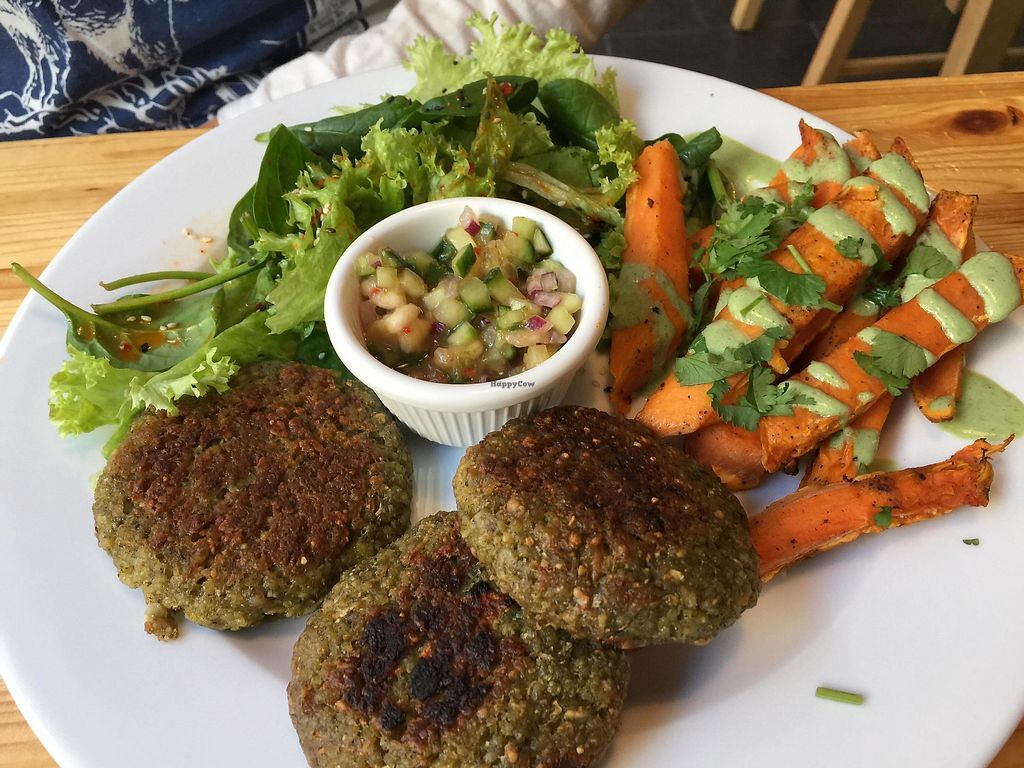 """Photo of Lokal Vegan Bistro  by <a href=""""/members/profile/FernandoMoreira"""">FernandoMoreira</a> <br/>sweet potaoes with smal paties <br/> December 26, 2017  - <a href='/contact/abuse/image/55545/339367'>Report</a>"""