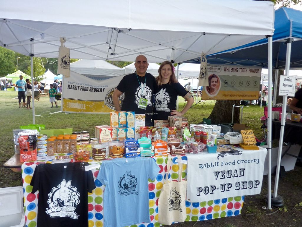 """Photo of Rabbit Food Grocery  by <a href=""""/members/profile/MizzB"""">MizzB</a> <br/>Rabbit food popup at Dallas Veggie Fair <br/> December 17, 2015  - <a href='/contact/abuse/image/55571/128846'>Report</a>"""