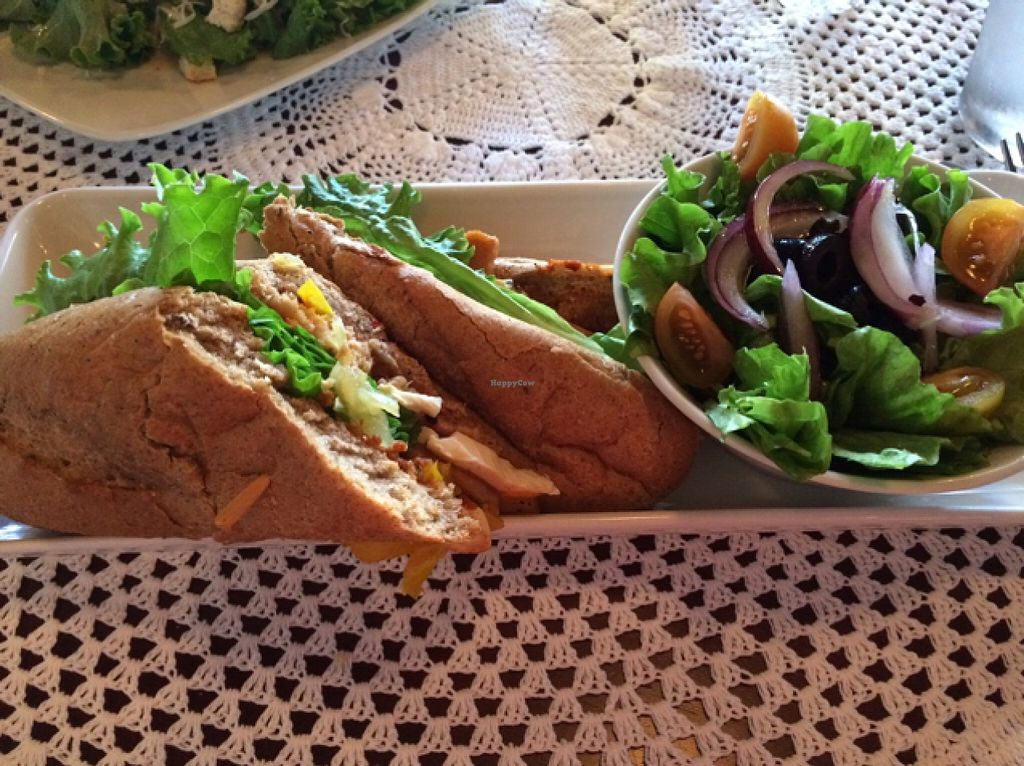 "Photo of Naturalmente  by <a href=""/members/profile/Siup"">Siup</a> <br/>sandwich with Turkey (vegan) <br/> February 8, 2016  - <a href='/contact/abuse/image/55625/135495'>Report</a>"