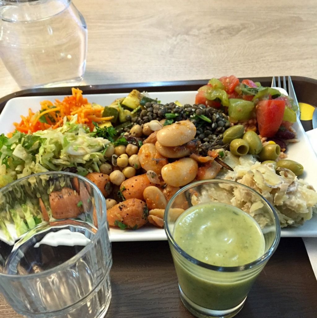 """Photo of Smart Green Corner  by <a href=""""/members/profile/AnjaBang"""">AnjaBang</a> <br/>really good vegan food <br/> July 16, 2016  - <a href='/contact/abuse/image/55635/160294'>Report</a>"""