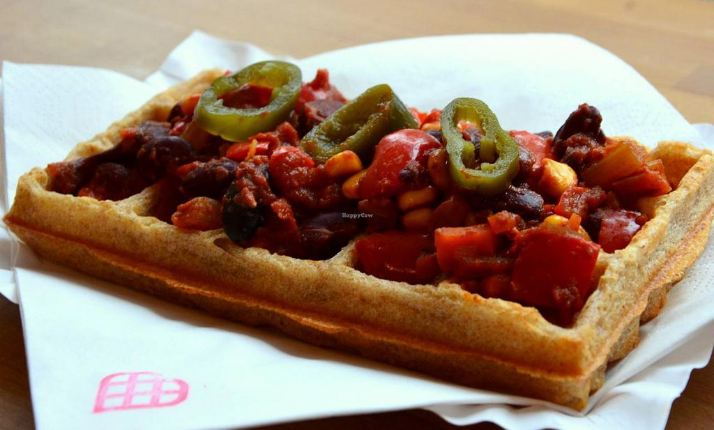 """Photo of CLOSED: Sklep z Goframi  by <a href=""""/members/profile/Vera%20Peres"""">Vera Peres</a> <br/>Vegan chili sin carne <br/> February 23, 2015  - <a href='/contact/abuse/image/55641/93886'>Report</a>"""