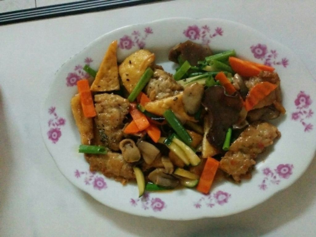 """Photo of Thien Phu  by <a href=""""/members/profile/VegTraveller"""">VegTraveller</a> <br/>Stir Fried 'chicken' with lemon grass <br/> October 20, 2015  - <a href='/contact/abuse/image/55660/310307'>Report</a>"""