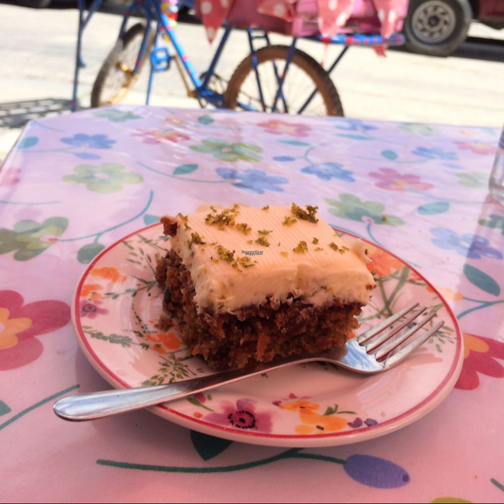 "Photo of Hecho Con Amor Deli  by <a href=""/members/profile/tomsolaru"">tomsolaru</a> <br/>carrot cake <br/> February 1, 2017  - <a href='/contact/abuse/image/55709/220665'>Report</a>"