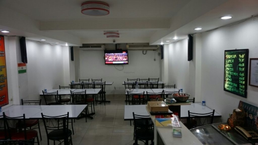"""Photo of Guptaji Ki Kitchen  by <a href=""""/members/profile/samden"""">samden</a> <br/>Tables to eat <br/> December 29, 2015  - <a href='/contact/abuse/image/55747/130283'>Report</a>"""