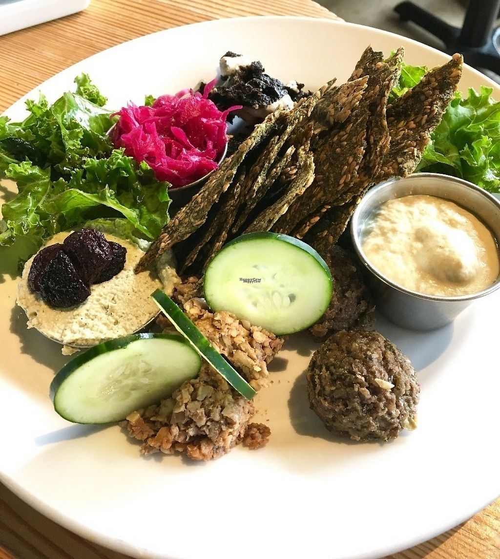 """Photo of Eternal Abundance Organic Market & Cafe  by <a href=""""/members/profile/vegan%20frog"""">vegan frog</a> <br/>Raw platter <br/> April 29, 2017  - <a href='/contact/abuse/image/5579/253849'>Report</a>"""