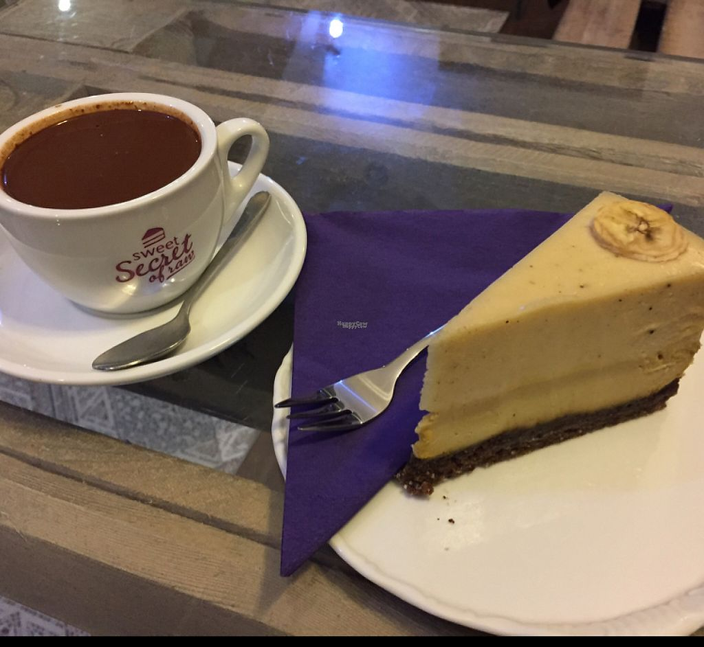 """Photo of Sweet Secret of Raw  by <a href=""""/members/profile/Knauji82"""">Knauji82</a> <br/>hot chocolate and mango-banana cake. the cake tastest great and the chocolate is very thick! <br/> December 1, 2016  - <a href='/contact/abuse/image/55868/196427'>Report</a>"""