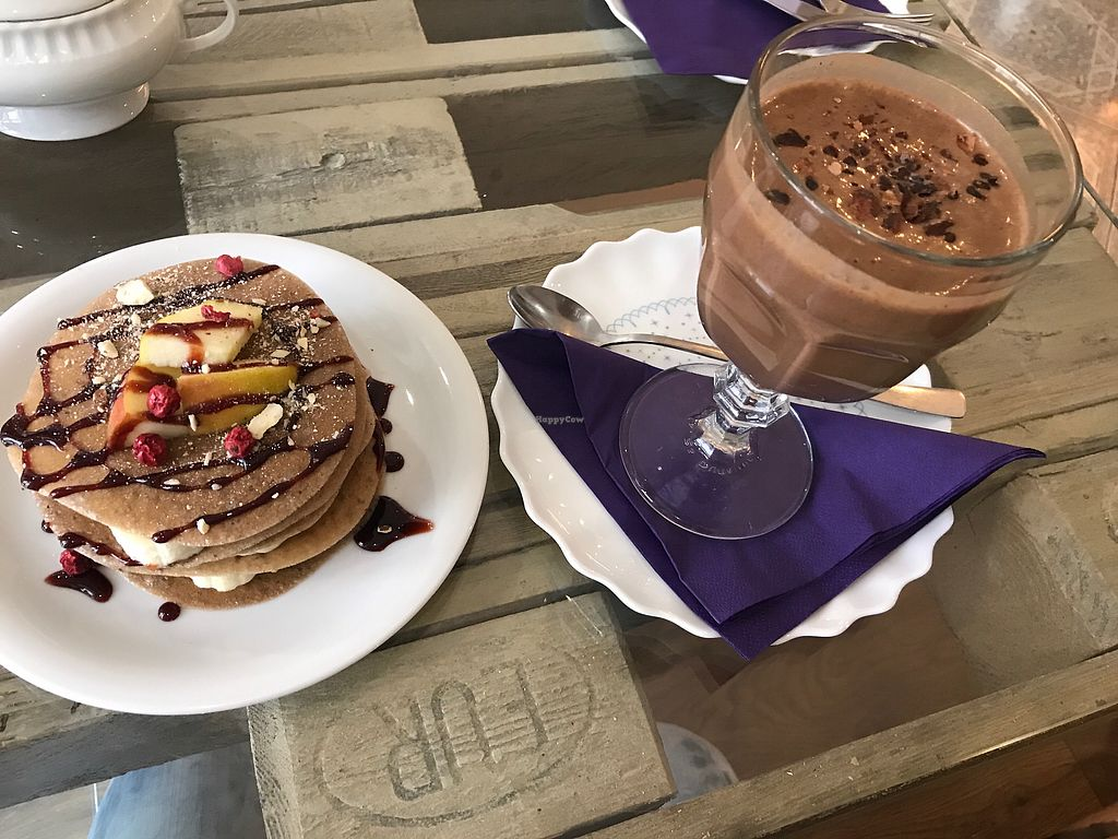 """Photo of Sweet Secret of Raw  by <a href=""""/members/profile/AnfisaGir"""">AnfisaGir</a> <br/>Pancakes and rawtella cocktail <br/> November 11, 2017  - <a href='/contact/abuse/image/55868/324249'>Report</a>"""