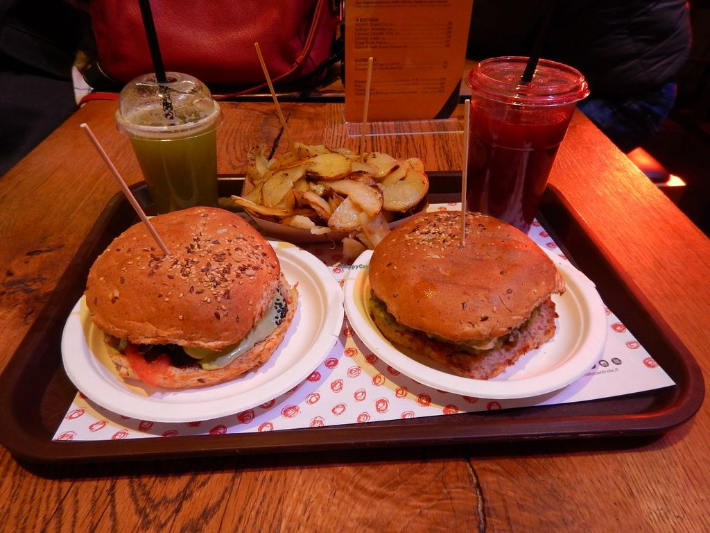 """Photo of Veg and Veg  by <a href=""""/members/profile/Amoo"""">Amoo</a> <br/>burger and potatoes with fresh juice  <br/> January 14, 2016  - <a href='/contact/abuse/image/55938/132286'>Report</a>"""