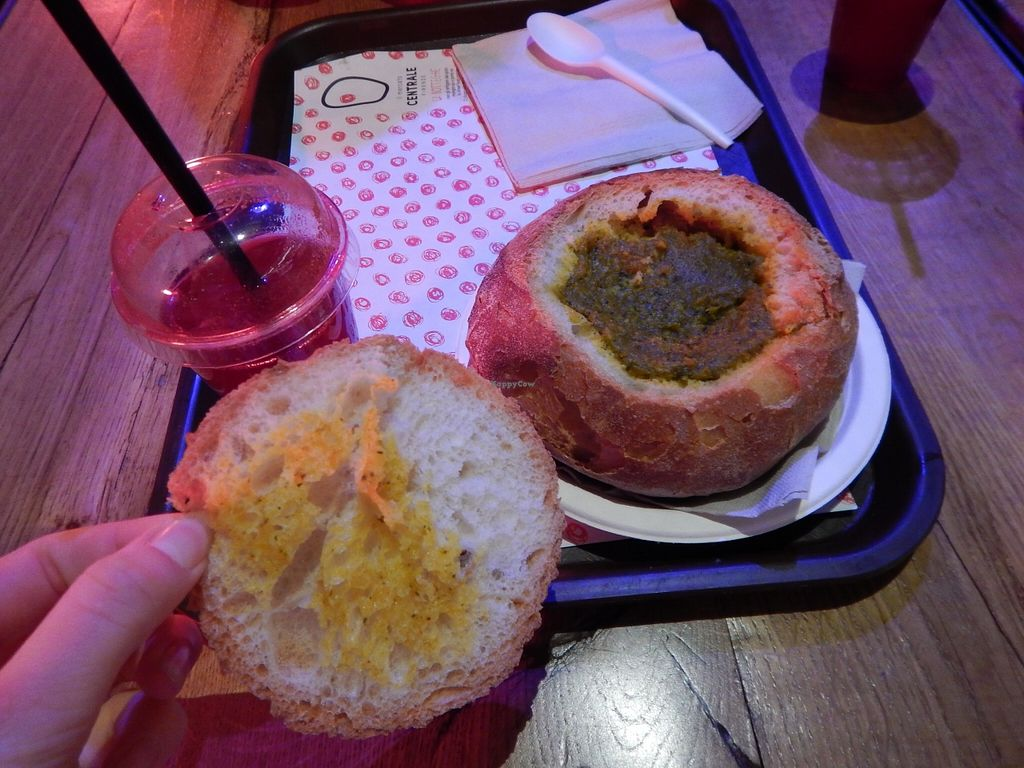"""Photo of Veg and Veg  by <a href=""""/members/profile/Amoo"""">Amoo</a> <br/>Soup in bread  <br/> January 14, 2016  - <a href='/contact/abuse/image/55938/132292'>Report</a>"""