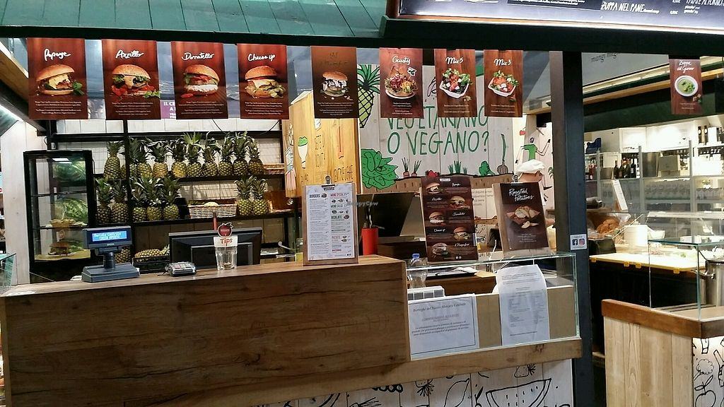 """Photo of Veg and Veg  by <a href=""""/members/profile/Travelerdutch"""">Travelerdutch</a> <br/>the shop <br/> October 1, 2017  - <a href='/contact/abuse/image/55938/310751'>Report</a>"""