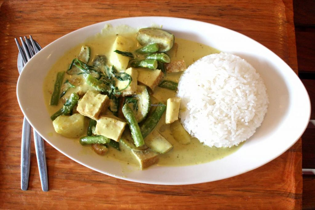 "Photo of Lin's Cafe  by <a href=""/members/profile/sunny%2A"">sunny*</a> <br/>Green curry <br/> March 3, 2015  - <a href='/contact/abuse/image/56166/94798'>Report</a>"