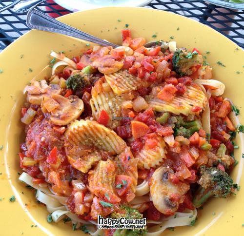 "Photo of Bay Leaf Cafe  by <a href=""/members/profile/CarolinaR"">CarolinaR</a> <br/>Veggie Pasta Marinara <br/> June 28, 2012  - <a href='/contact/abuse/image/5616/33889'>Report</a>"