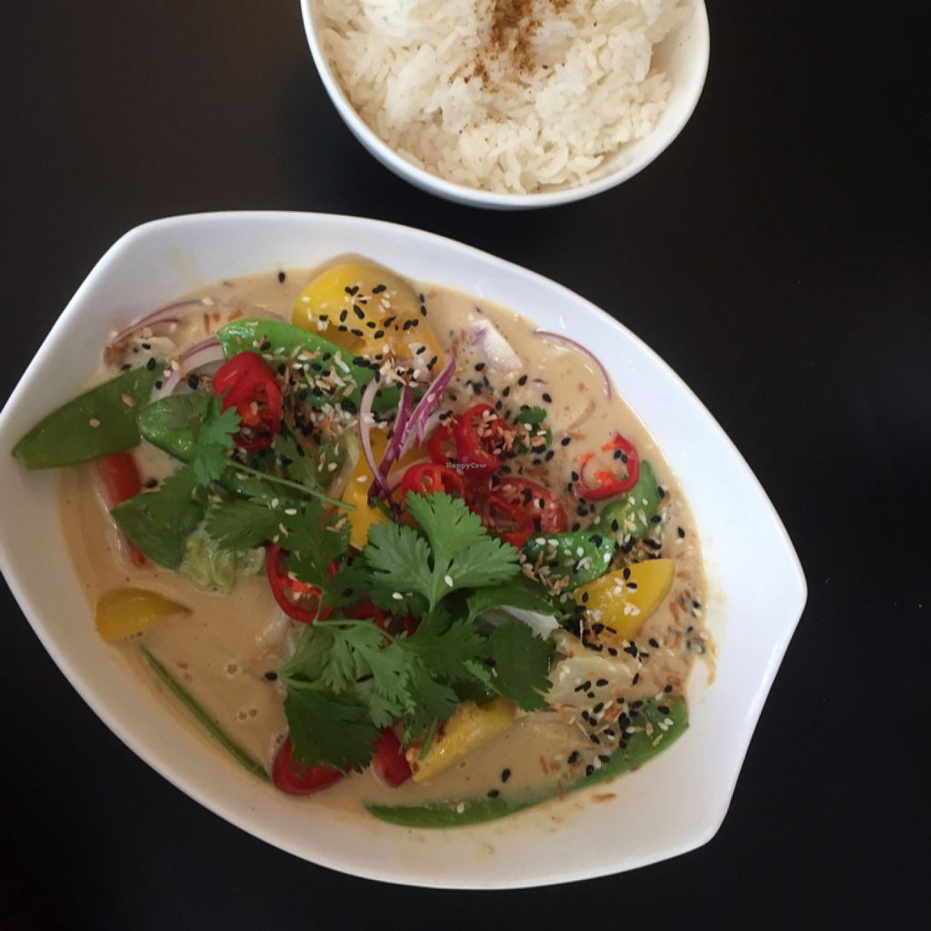 """Photo of CLOSED: Jakobs  by <a href=""""/members/profile/MeganGrahamEscobar"""">MeganGrahamEscobar</a> <br/>Thai Limetten Curry  <br/> July 9, 2016  - <a href='/contact/abuse/image/56270/158680'>Report</a>"""