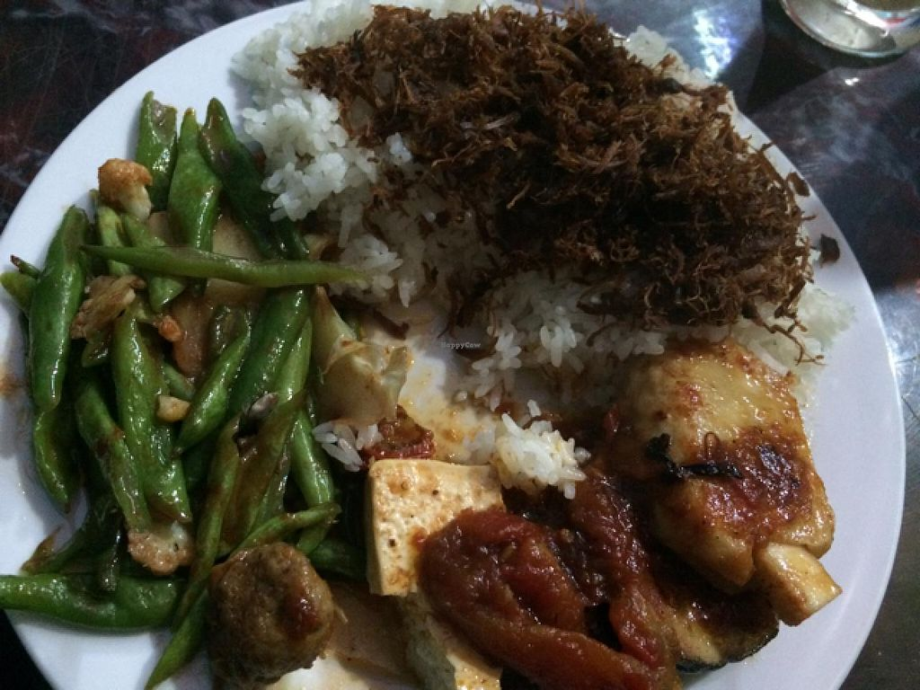 """Photo of CLOSED: Tinh Tam Quan - Buddha Belly  by <a href=""""/members/profile/HarmenKeuning"""">HarmenKeuning</a> <br/>meal Nr 2 (March 2015) <br/> March 12, 2015  - <a href='/contact/abuse/image/56424/95508'>Report</a>"""