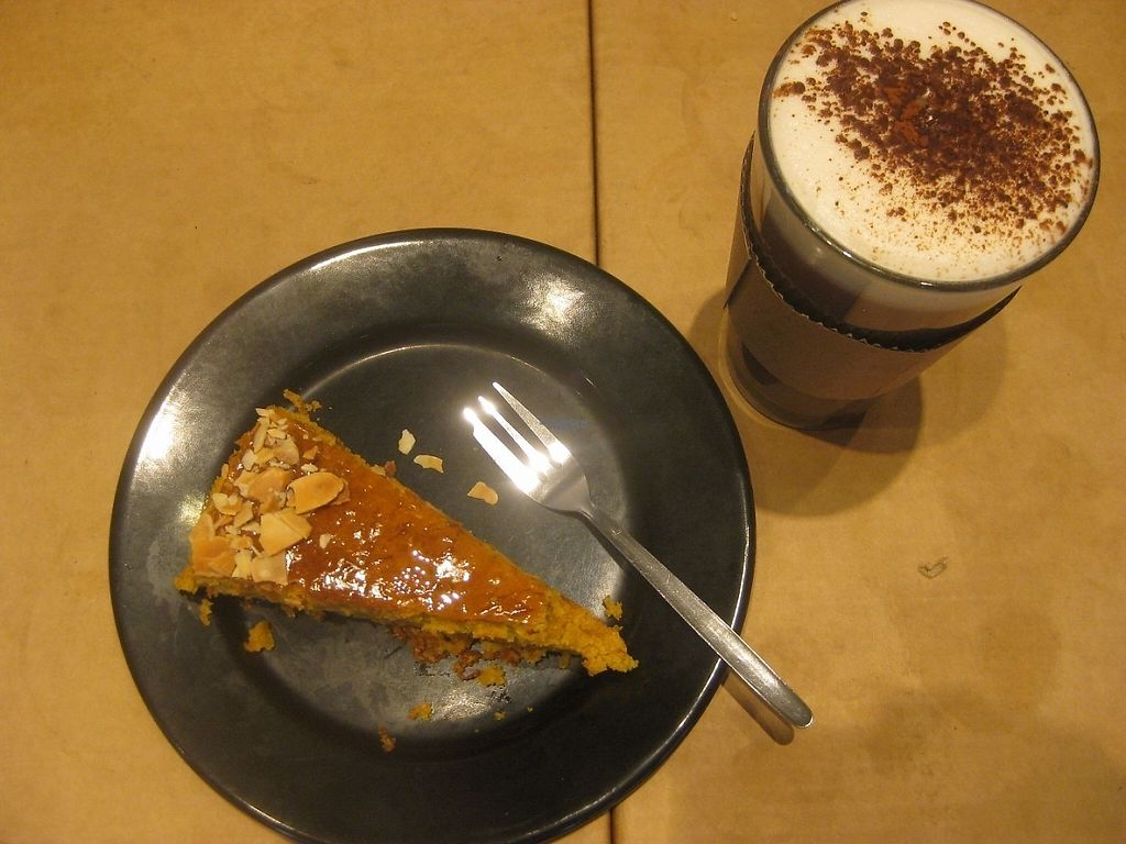 """Photo of Lost Weekend  by <a href=""""/members/profile/jennyc32"""">jennyc32</a> <br/>Carrot cake and hot chocolate <br/> April 16, 2017  - <a href='/contact/abuse/image/56426/248982'>Report</a>"""