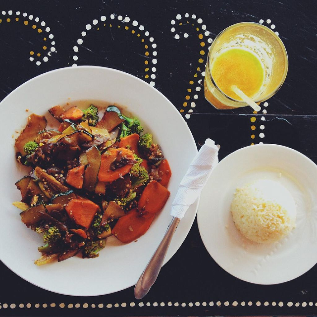 """Photo of Rancho Morgan  by <a href=""""/members/profile/MO.MARIEL"""">MO.MARIEL</a> <br/>stirred fried veggies with soy-sauce, rice and a passionfruit and pineapple juice <br/> March 12, 2015  - <a href='/contact/abuse/image/56443/95554'>Report</a>"""