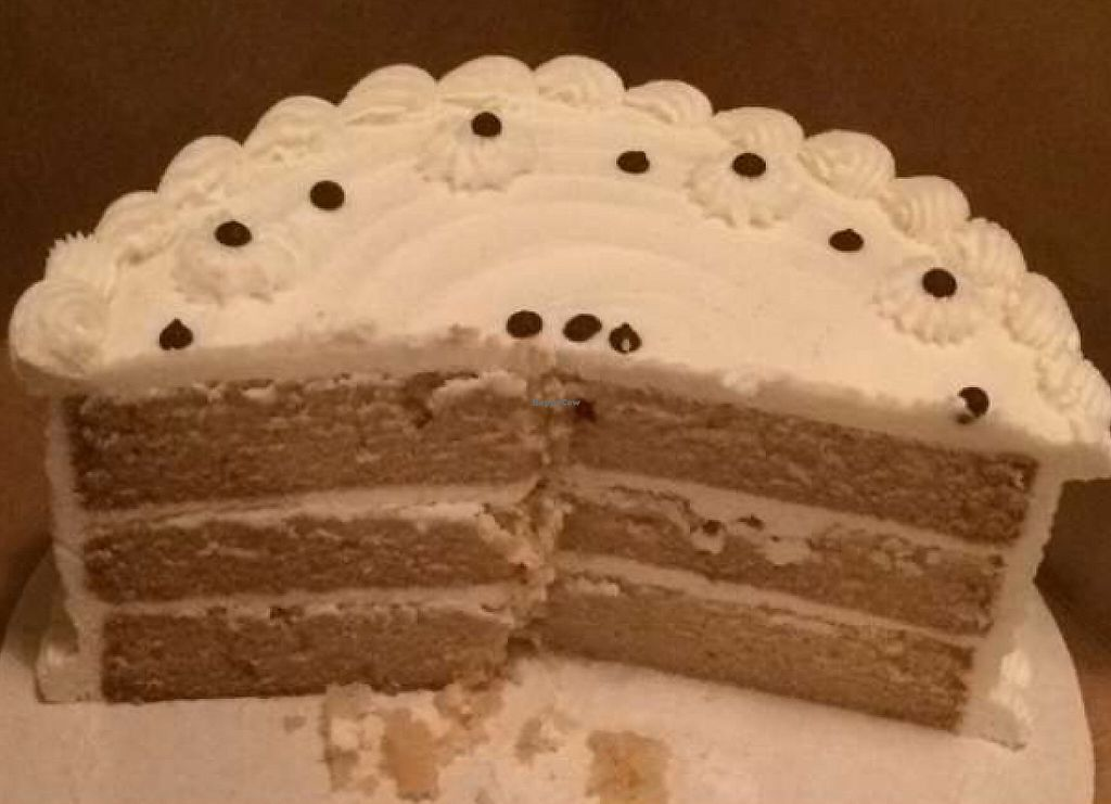 "Photo of Camino Bakery  by <a href=""/members/profile/Colbie"">Colbie</a> <br/>Vegan vanilla cake <br/> June 2, 2016  - <a href='/contact/abuse/image/56470/215216'>Report</a>"