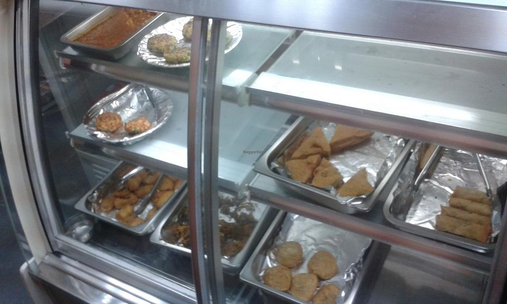 """Photo of Amritsar Express  by <a href=""""/members/profile/Stevie"""">Stevie</a> <br/>Food <br/> April 23, 2015  - <a href='/contact/abuse/image/56480/99997'>Report</a>"""