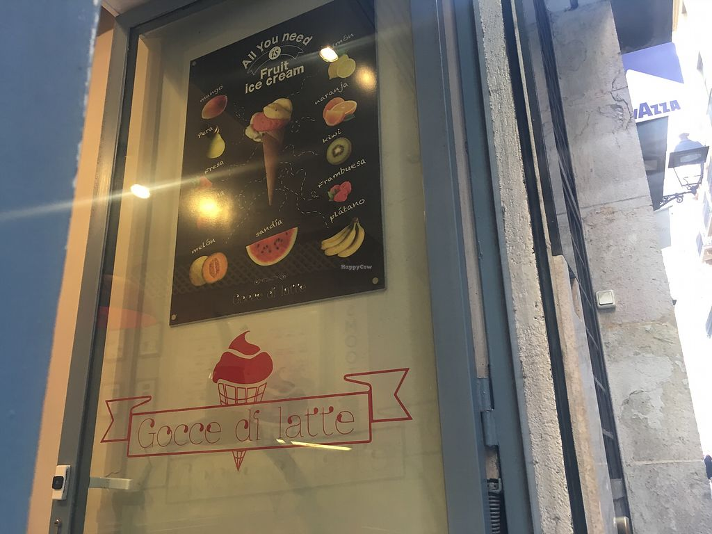 """Photo of Heladeria Gocce di Latte  by <a href=""""/members/profile/Charmingdaisy"""">Charmingdaisy</a> <br/>front door  <br/> August 20, 2017  - <a href='/contact/abuse/image/56510/294900'>Report</a>"""